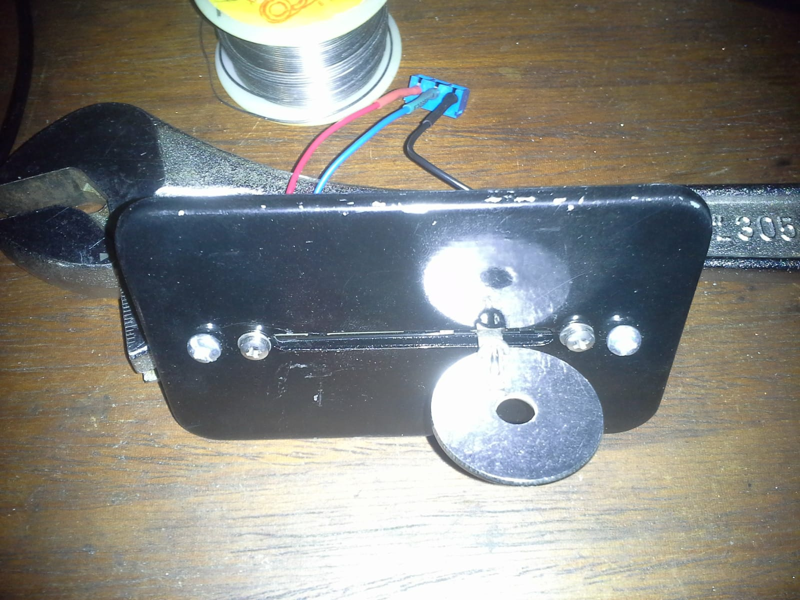 top view of slider/plate
